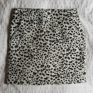 LOFT Snow Leapord Print Skirt S EUC